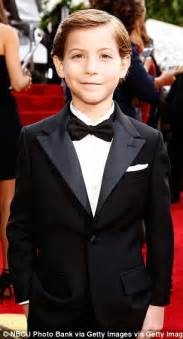 the room actors room s jacob tremblay s becomes a social media stud at golden globe awards 2016 daily