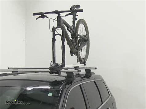 Yakima Vs Thule Bike Rack by Compare Thule Thruride Vs Yakima Forklift Etrailer
