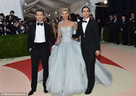 Dress Neci Cinderela by Danes Channels Cinderella At The Met Gala In A