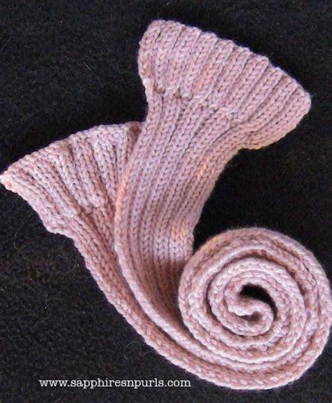 2x2 rib knit scarf in 2x2 rib knitting
