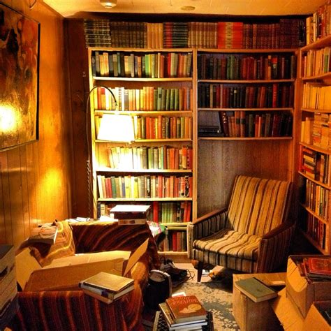 libro a room with a book room omg how cozy is this love this room bookstores libraries reading nooks