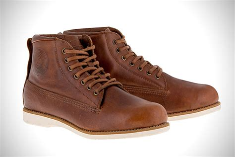 best motorcycle riding shoes 8 best motorcycle riding shoes for men hiconsumption