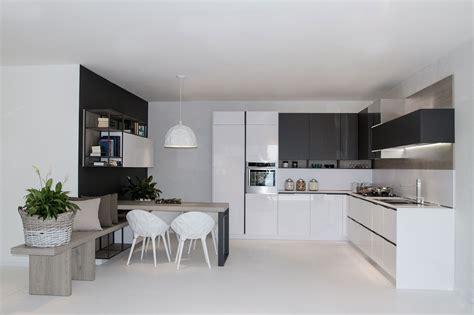 idee cucina cucine piccole ad angolo cucine angolari moderne snaidero