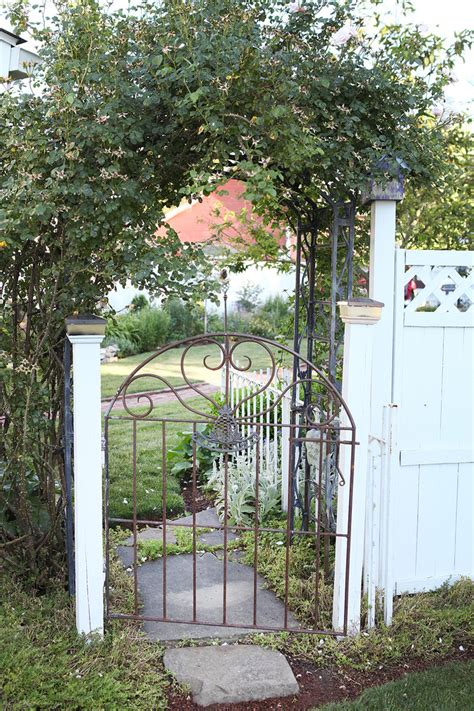Iron Garden Gates by Wrought Iron Gate Landscape With Garden Beeyoutifullife