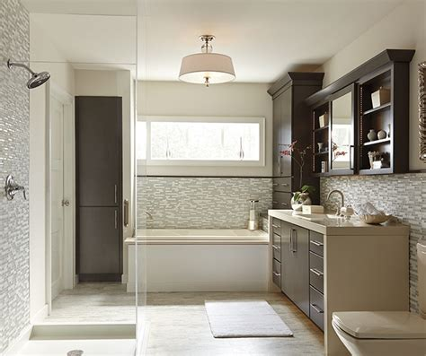 white shaker style kitchen cabinets diamond cabinetry white shaker style kitchen cabinets diamond cabinetry