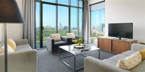 Melbourne Cbd 2 Bedroom Apartments Adina Apartment Hotel Melbourne On Flinders Official