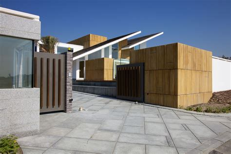 modern gate design for house contemporary residence bahrain house architected by moriq