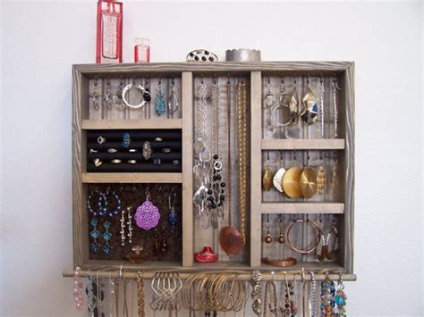 add this closet jewelry organizer to your bedroom and