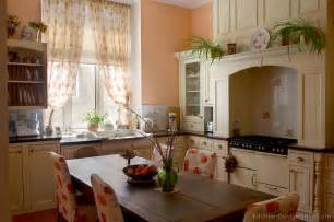 pictures kitchens white