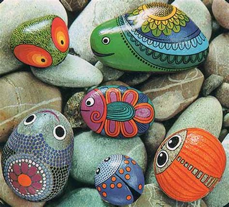 painted rocks  artistic yard  garden designs