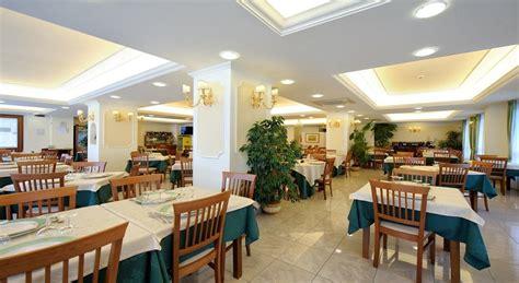 hotel benessere villa fiorita ristorante hotel benessere villa fiorita foligno