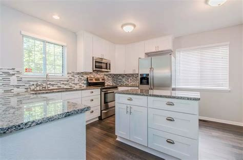 kitchen cabinet refacing denver painting kitchen cabinet denver cabinet refinishing