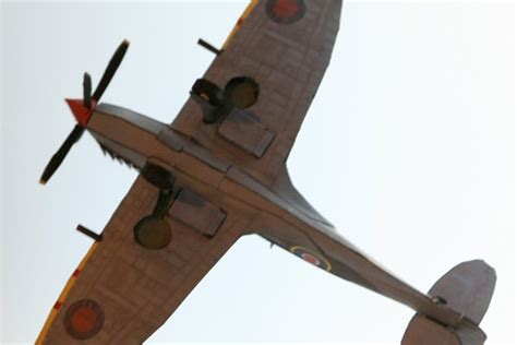 How To Make A Paper Spitfire - wwii spitfire mk ix fighter free aircraft paper model