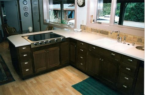 kitchen paint colors with dark oak cabinets kitchen paint color ideas with oak cabinets