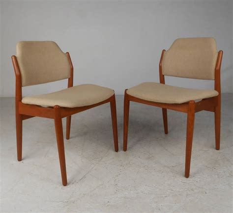 Arne Vodder Dining Chairs Arne Vodder Dining Table And Chairs At 1stdibs