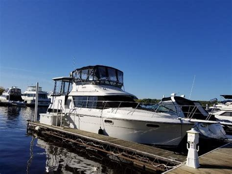 cabin boats for sale carver 38 aft cabin boats for sale boats