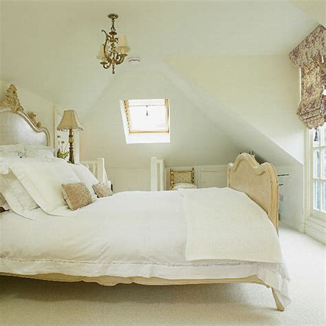 The last style of french bedroom furniture would be the shabby chic