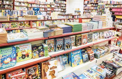 giunti al punto librerie giunti al punto librerie centro di intrattenimento