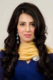 ushna shah movies & drama list, biography, height, age