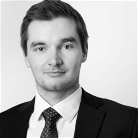 Porsche Engineering Services Gmbh Gehalt by Dr Eike Epler Entwicklungsingenieur Hv Batterien