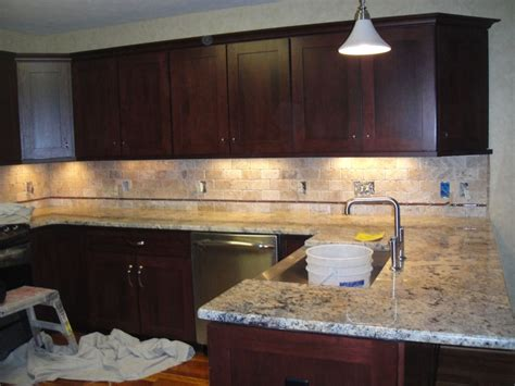 Simple Kitchen Ideas With Brown Mosaic Tumbled Limestone