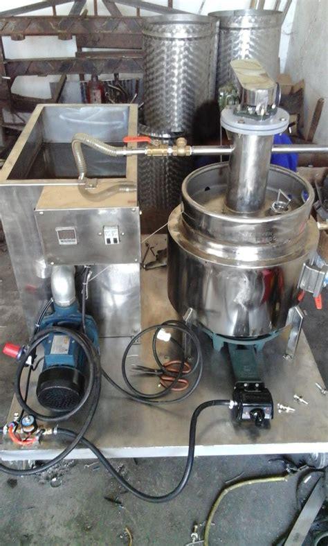 mesin evaporator vakum penghilang kadar kandungan air