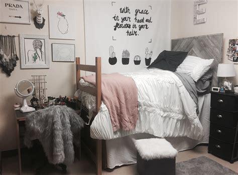 creative dorm room ideas    space  cozy