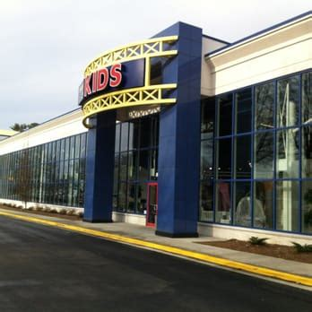 rooms to go glenwood ave raleigh nc rooms to go furniture store raleigh 16 photos 58 reviews furniture stores 5900