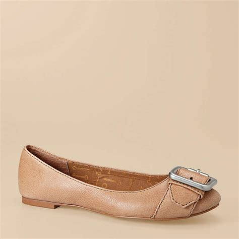 fossil maddox leather flat camel fossil shoes