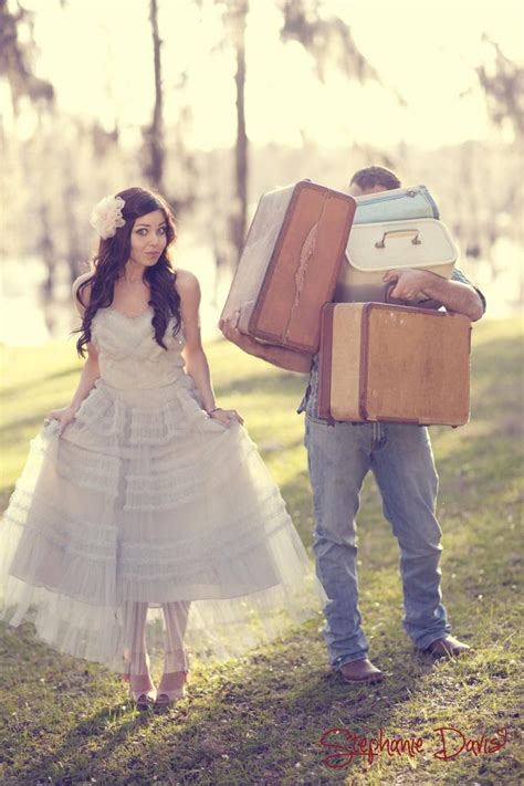 themes for engagement pictures save the date ideas such a cute engagement photo