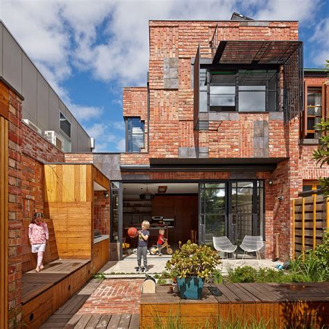 That House In Melbourne By Unique Cubo House In Melbourne Australia
