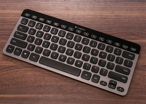 Keyboard Logitech Logitech Bluetooth Illuminated Keyboard K810 Review