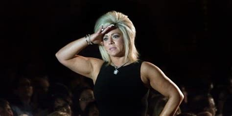 theresa caputa height theresa caputo net worth 2017 2016 biography wiki