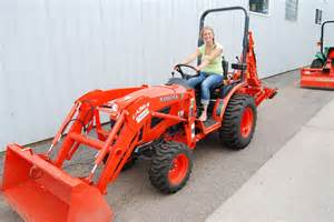 Tractor glr s getatractor com marquette this kubota b2920 tractor