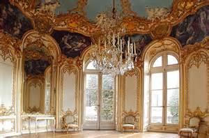 Rococo interior 3 master design ideas in design style with style