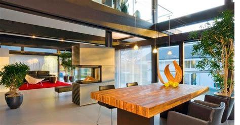 tata ruang meja makan contoh desain ruang makan 3 perabot pembatas ruang