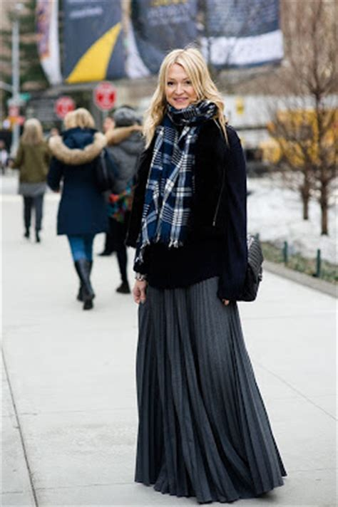 Rok Maxi Tartan Square how to wear the skirt in winter dress like a parisian