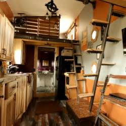 Tree house designs moreover tumbleweed tiny house plans furthermore