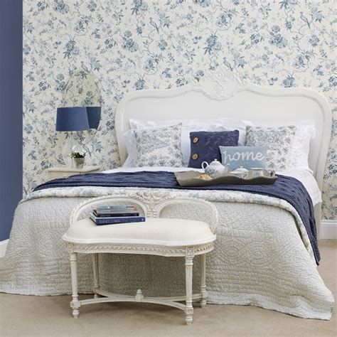 Blaue Tapeten Schlafzimmer blue bedroom wallpaper bedroom designs housetohome co uk