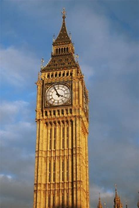 london clock tower uk gov t commits 163 150 million to european vc fund