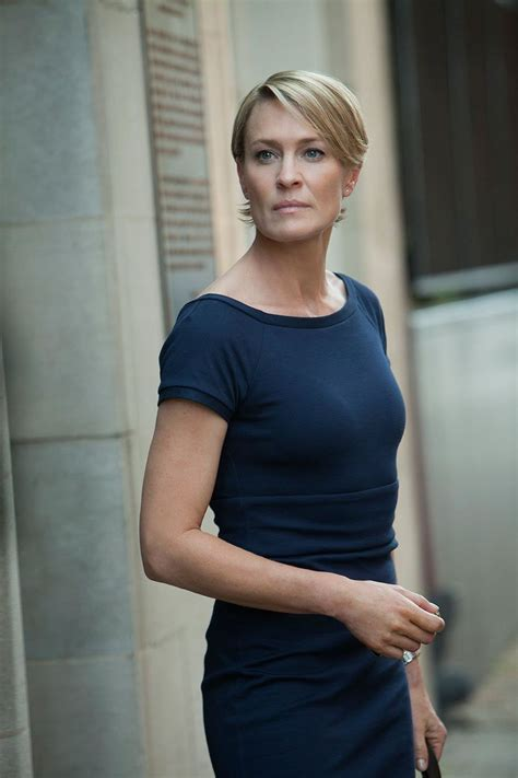 robin wright haircut house of cards crave naturals beauty blog