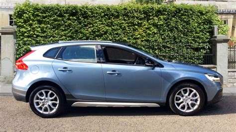 volvo v40 seats volvo v40 d3 4 cyl 150 cross country pro 5dr geartronic