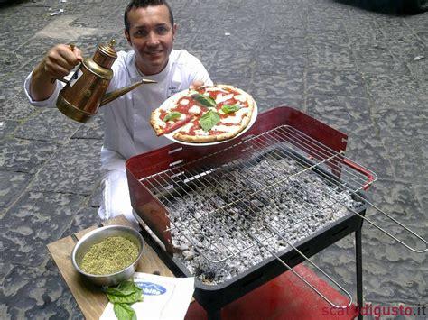 cucinare carne alla brace pizza cucinarla sulla brace bbq secondo gino sorbillo