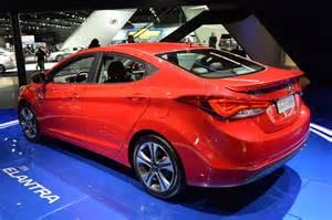 hyundai 2014 new cars 2014 hyundai elantra unveiled with new sport trim cars co za