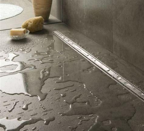 verstopping afvoer badkamer bloem de buizen 110mm komt naar boven en gaat naar de wc 50mm