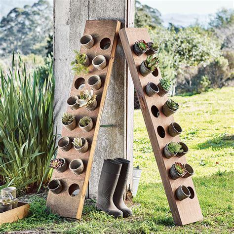 Vertical garden herb planter the green head