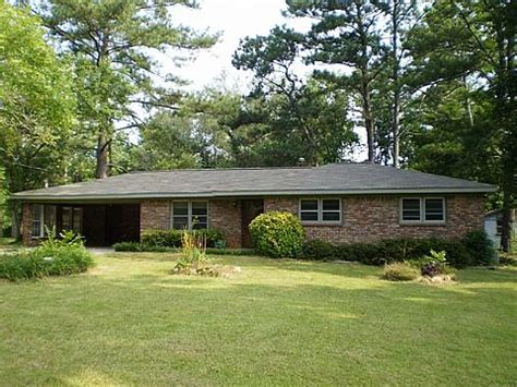 houses for sale in marietta ga 915 pine manor marietta ga 30066 reo home details foreclosure homes free