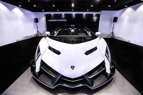 Lamborghini Veneno Engine A Closer Look At The White Lamborghini Veneno Roadster
