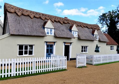 Pet Friendly Cottages In Suffolk by Places To Eat Drink With Your Near Our Friendly