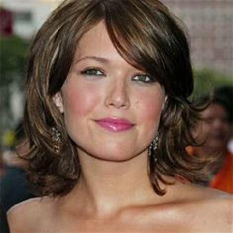 hairstyles for women over 50 with double chin short hairstyles for women over 50 with round face and